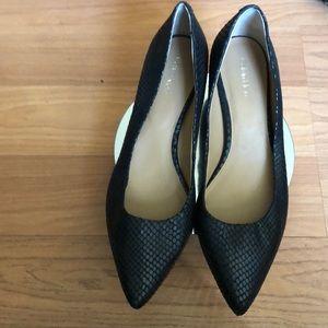 Calvin Klein women shoes size 9.5
